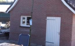 Nieuwbouw van schuur bij woonhuis